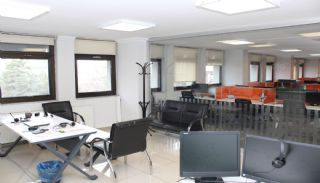 Capacious Office with Ready Corporate Tenant in Ankara Ulus, Interior Photos-13