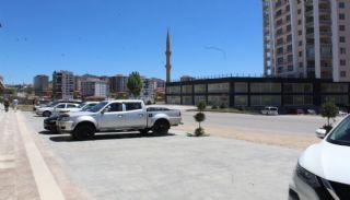 Kommersiella fastigheter på huvudgatan i Ankara Altindag, Ankara / Altindag - video