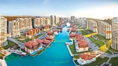 Bosphorus City - Meer Tower Residence, Istanbul / Kucukcekmece - video
