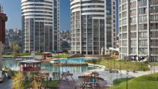 Bosphorus City - Yeditepe Towers, Istanbul / Kucukcekmece - video