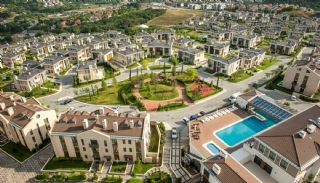 Luxury Istanbul Houses at the Premium Neighbourhood, Istanbul / Zekeriyakoy - video