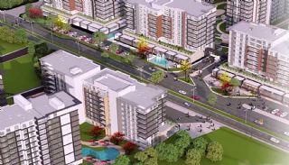 Appartementen aan de zich snelst ontwikkelende straat in Küçükçekmece, Istanbul / Kucukcekmece - video