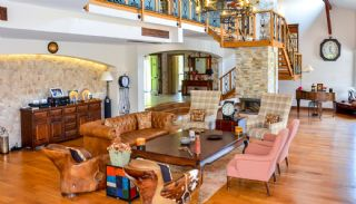 Luxury Villa in Istanbul for Sale Surrounded by Forest Valley, Interior Photos-1