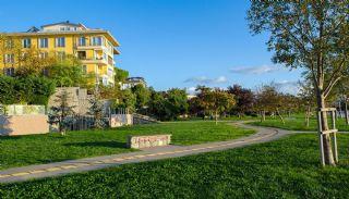 شقة مطلة على البحر بموقع مركزي في كاديكوي اسطنبول, اسطنبول / قاضي كوي