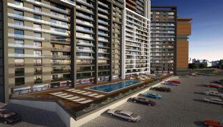 Appartementen dicht bij het Aydos-bos in Kartal Istanbul, Istanbul / Kartal - video