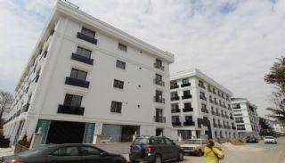 Wohnungen mit Meerblick in einem Komplex in Istanbul, Istanbul / Buyukcekmece - video