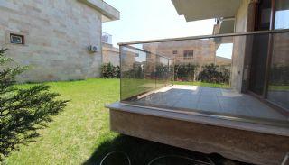Villas Prêtes Avec Jardin Privé à Istanbul en Turquie, Istanbul / Buyukcekmece - video