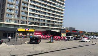Магазины в Турции в Стамбуле, на Дороге Басын Экспресс, Стамбул / Кючюкчекмедже - video