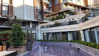 Bosphorus View Istanbul Real Estate Close to Çengelköy Coast, Istanbul / Uskudar - video