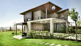 Meerovever Villas in Buyukcekmece, Istanbul, Istanbul / Buyukcekmece - video