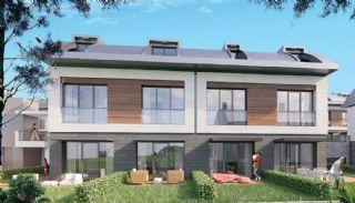 Wohnungen in einem schönen grünen Bereich, Istanbul / Zekeriyakoy - video