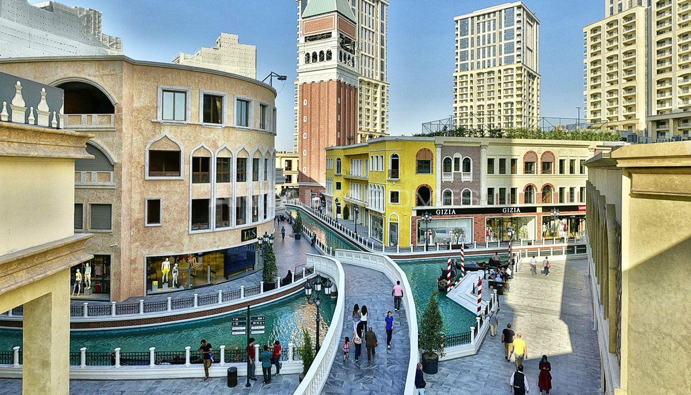 wohnungen in istanbul mit besonderer architectur venezias. Black Bedroom Furniture Sets. Home Design Ideas