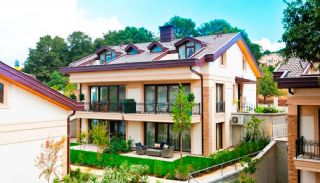 Nature-Friendly Istanbul Villas Surrounded by the Forest, Istanbul / Zekeriyakoy - video