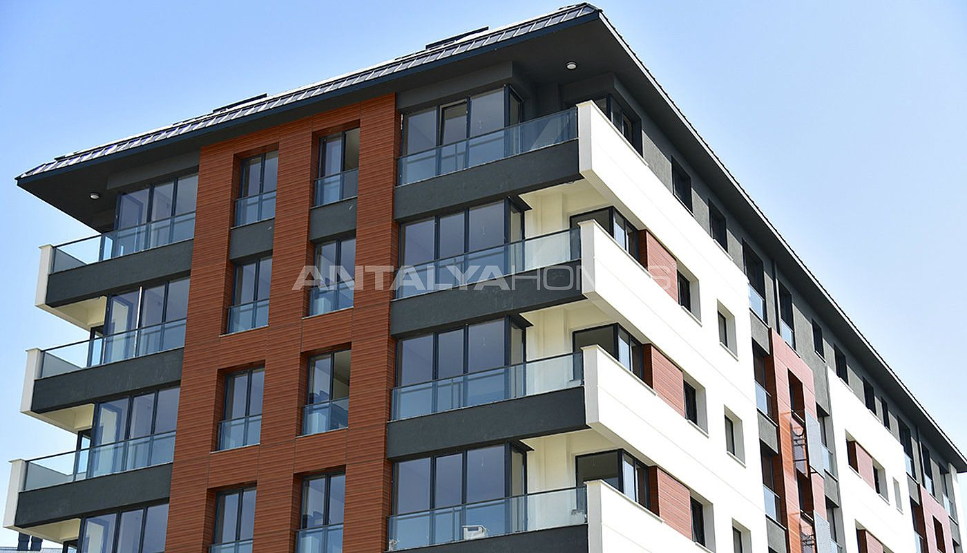 New Apartments In Cekmekoy On The Asian Side