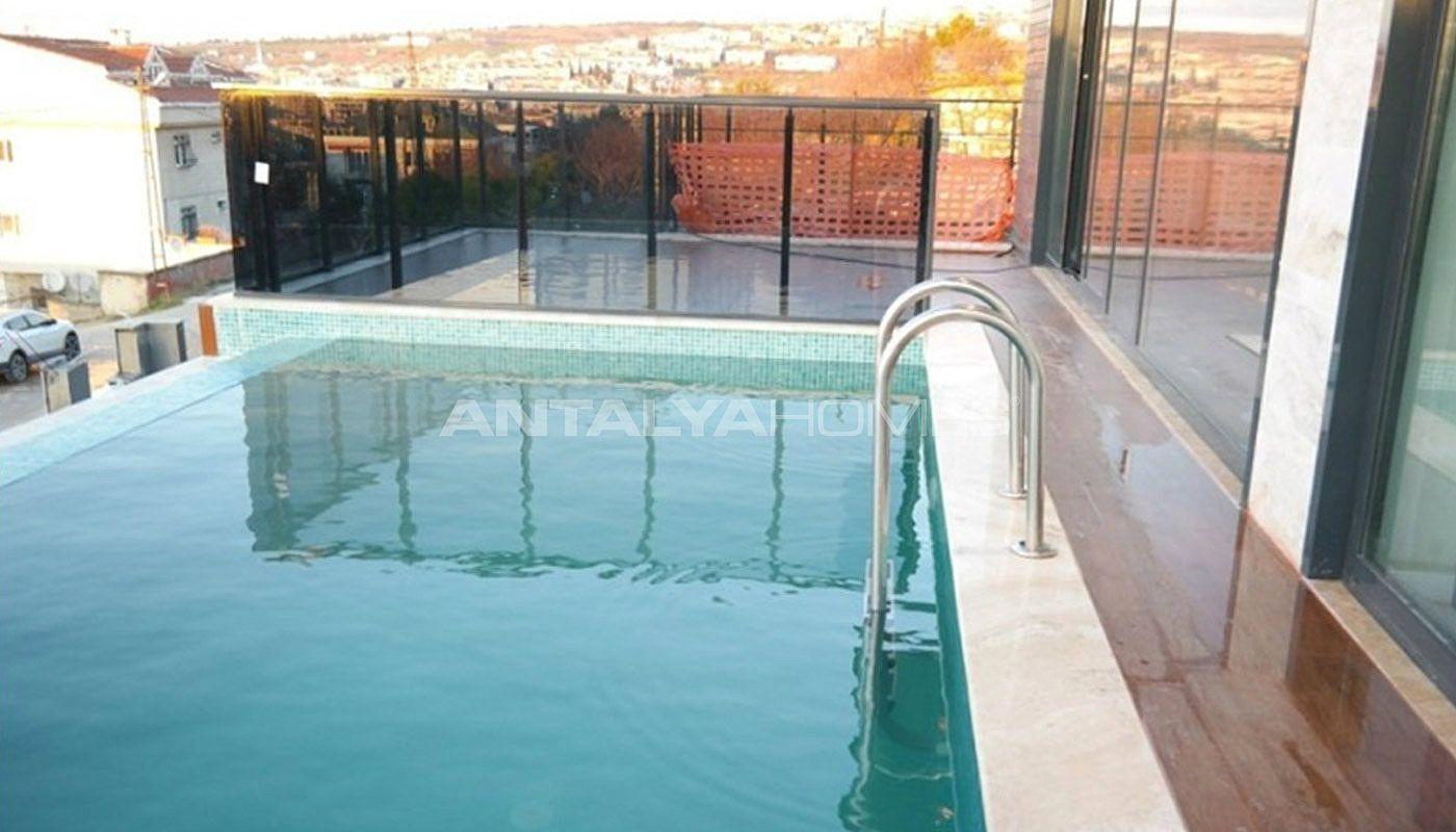 Villa familiale et amicale istanbul proche des commodit s - Piscine istanbul ...