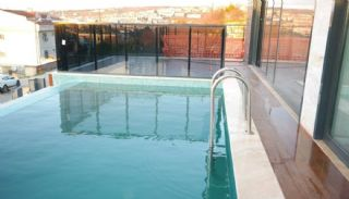 Sea and Lake View Villa in Istanbul with Private Pool, Istanbul / Buyukcekmece - video
