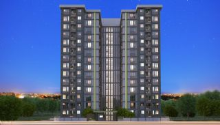 Modern Istanbul Flats 300 mt to the TEM Highway, Istanbul / Kagithane - video