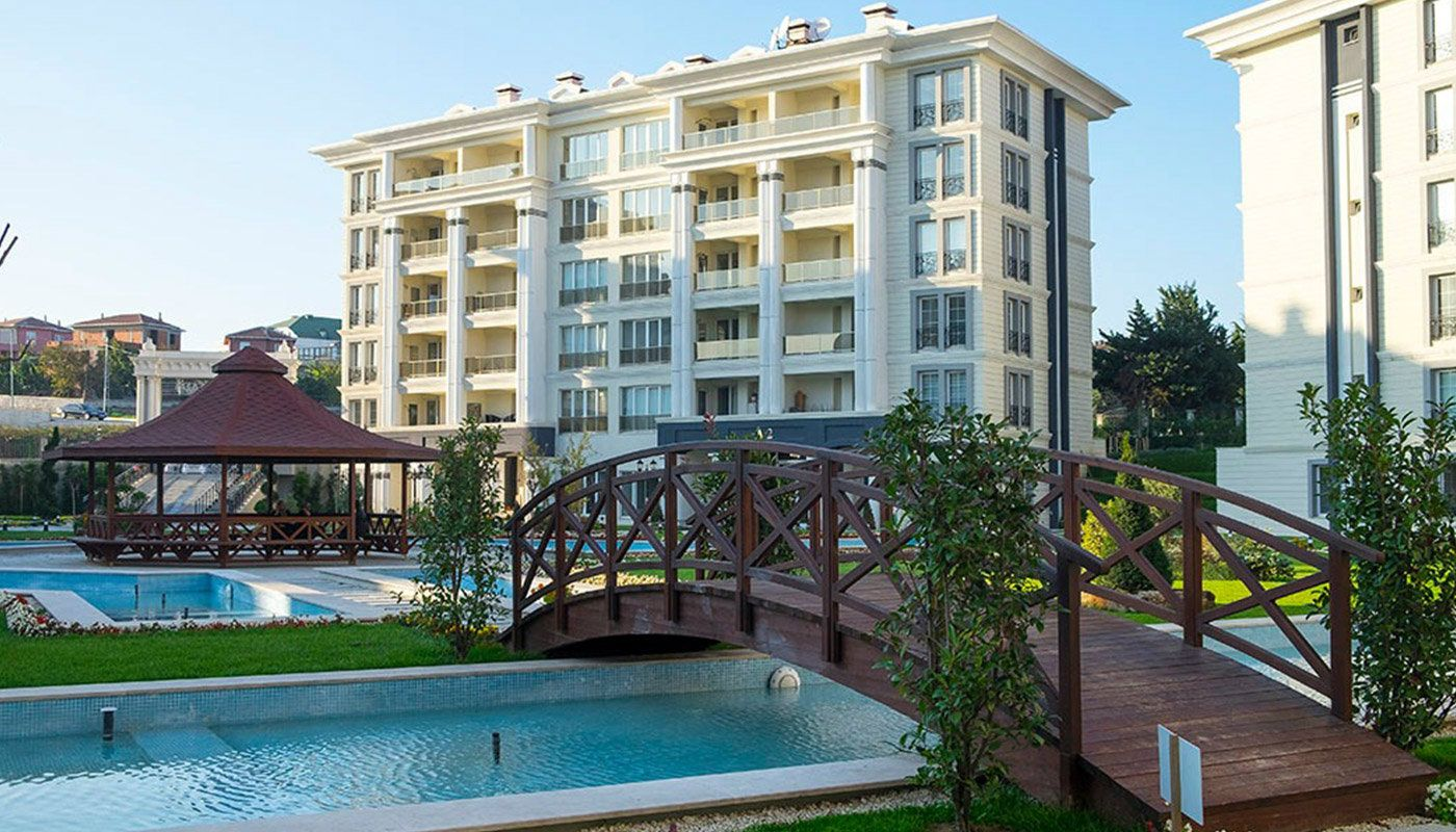 investment apartments in luxury complex in beylikduzu. Black Bedroom Furniture Sets. Home Design Ideas