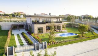 Detached Villas Interwined with Nature in Istanbul, Istanbul / Buyukcekmece - video