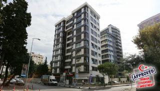 Smart Duplex a Few Steps Away from the Sea in Istanbul, Istanbul / Kadikoy