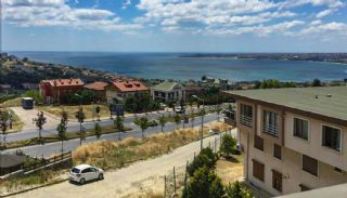 Fastigheter med havsutsikt i Büyükçekmece Istanbul, Istanbul / Buyukcekmece - video