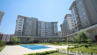 Wohnungen in der Nähe der Autobahn E-5 in Esenyurt Istanbul, Istanbul / Esenyurt