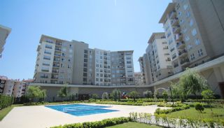 Rymliga lägenheter nära E-5 Motorväg i Esenyurt Istanbul, Istanbul / Esenyurt