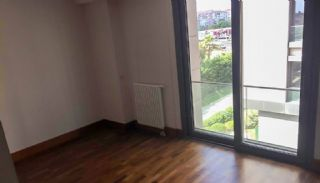 Contemporary-Style 2 Bedroom Apartment in Bakirkoy Istanbul, Interior Photos-10
