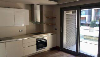Contemporary-Style 2 Bedroom Apartment in Bakirkoy Istanbul, Interior Photos-6