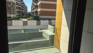 Contemporary-Style 2 Bedroom Apartment in Bakirkoy Istanbul, Interior Photos-7