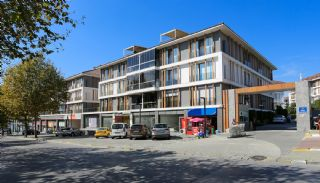 Commerciële Winkel met Bekende Huurder in Istanbul, Istanbul / Avcilar - video