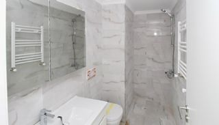 Sea and Island View Flats Close to All Amenities in Istanbul, Interior Photos-8