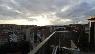 Lägenhet i 2 plan i det historiska Uskudar Istanbul, Istanbul / Uskudar - video