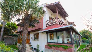 Kartal'da Havuzlu Site İçinde Yarı Müstakil Tripleks Villa, İstanbul / Kartal
