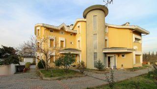 Villa Unique à Vendre Près de la Plage à Kocaeli, Kocaeli / Centre - video
