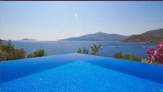 Villa Zeytinkaya, Kalkan / Center - video