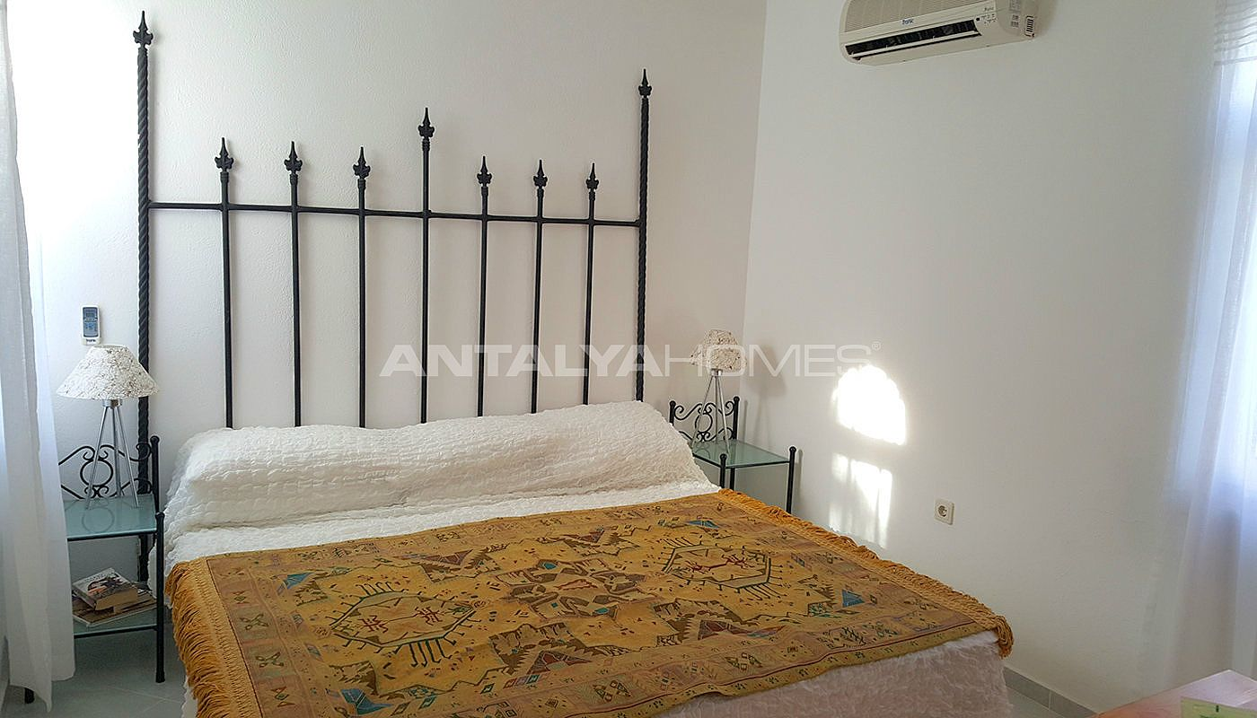 m blierte wohnung in kalkan mit angemessenem preis. Black Bedroom Furniture Sets. Home Design Ideas
