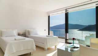 Furnished Kalkan Real Estate with Private Infinity Pool, Interior Photos-16