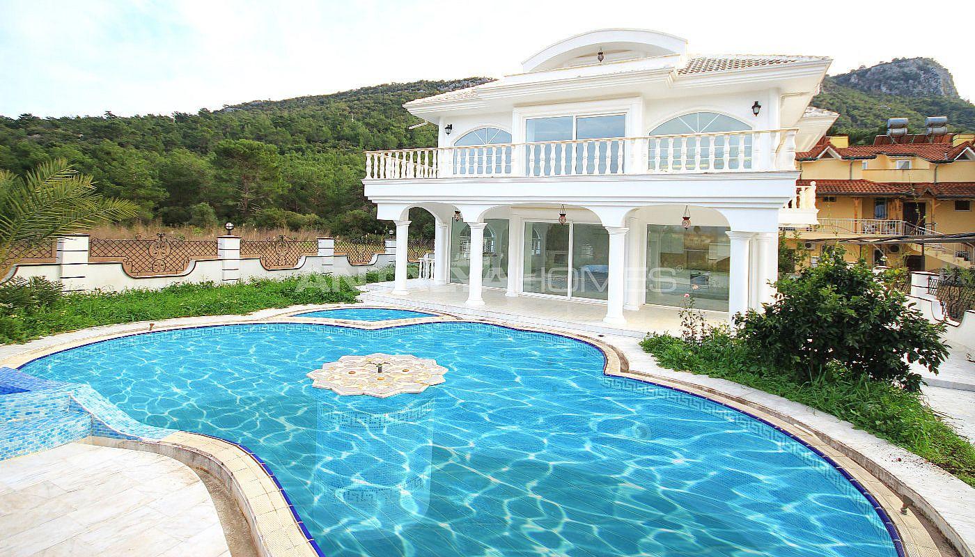 Villa individuelle de luxe vendre kemer avec chauffage for Villa individuelle