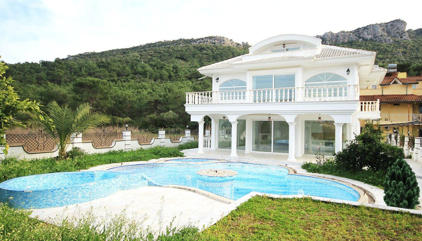 villa individuelle de luxe vendre kemer avec chauffage. Black Bedroom Furniture Sets. Home Design Ideas