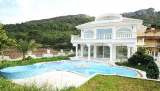 Kemer'de Satılık Lüks Villa, Kemer / Merkez