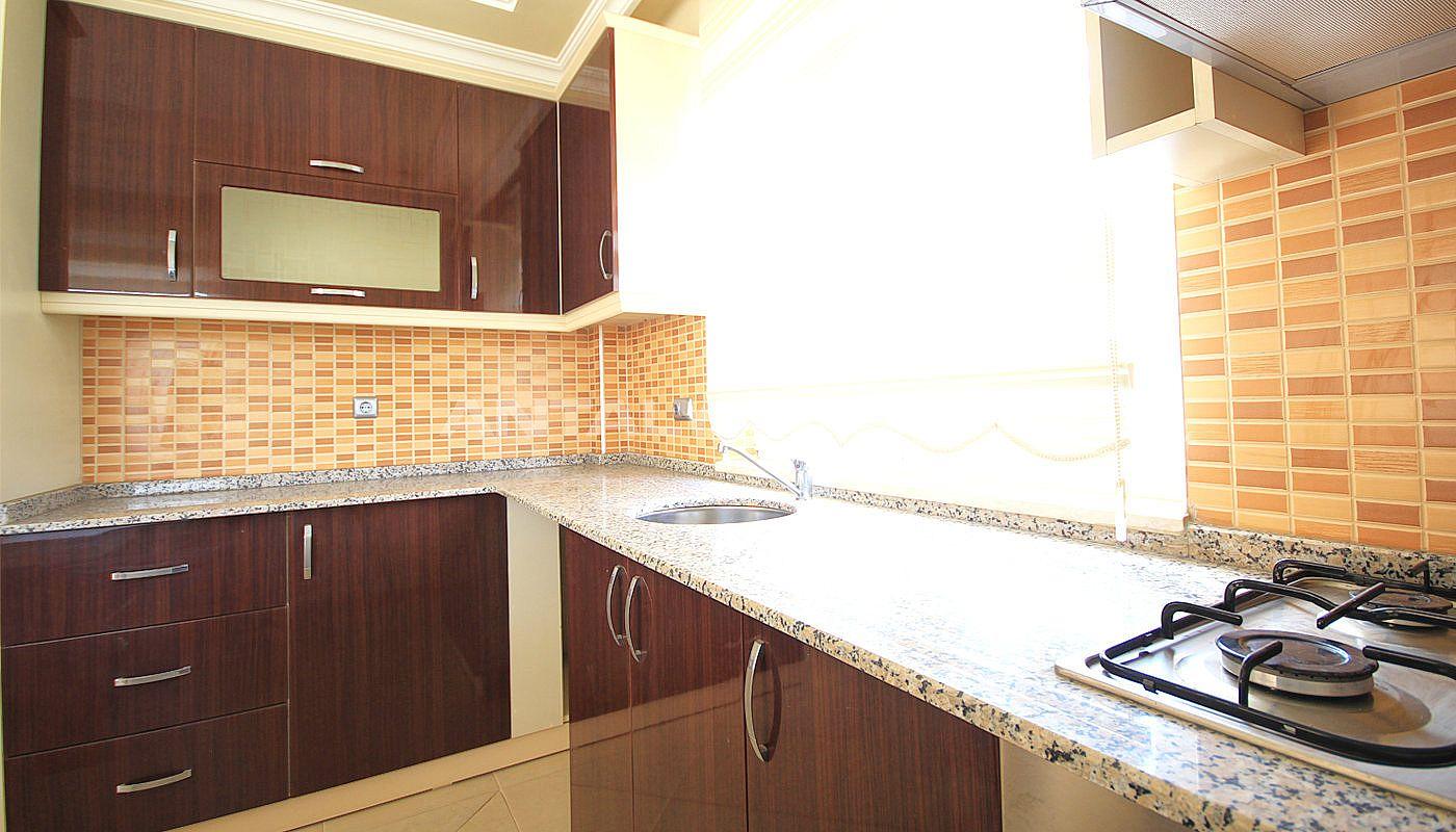 gro e maisonette in kemer nahe dem ayisigi strand. Black Bedroom Furniture Sets. Home Design Ideas