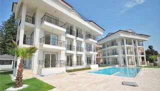 Cozy Apartments at the Prime Location of Kemer, Kemer / Arslanbucak - video