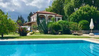 Volledig Ingerichte Vrijstaande Villa in Kemer Tekirova, Kemer / Tekirova - video