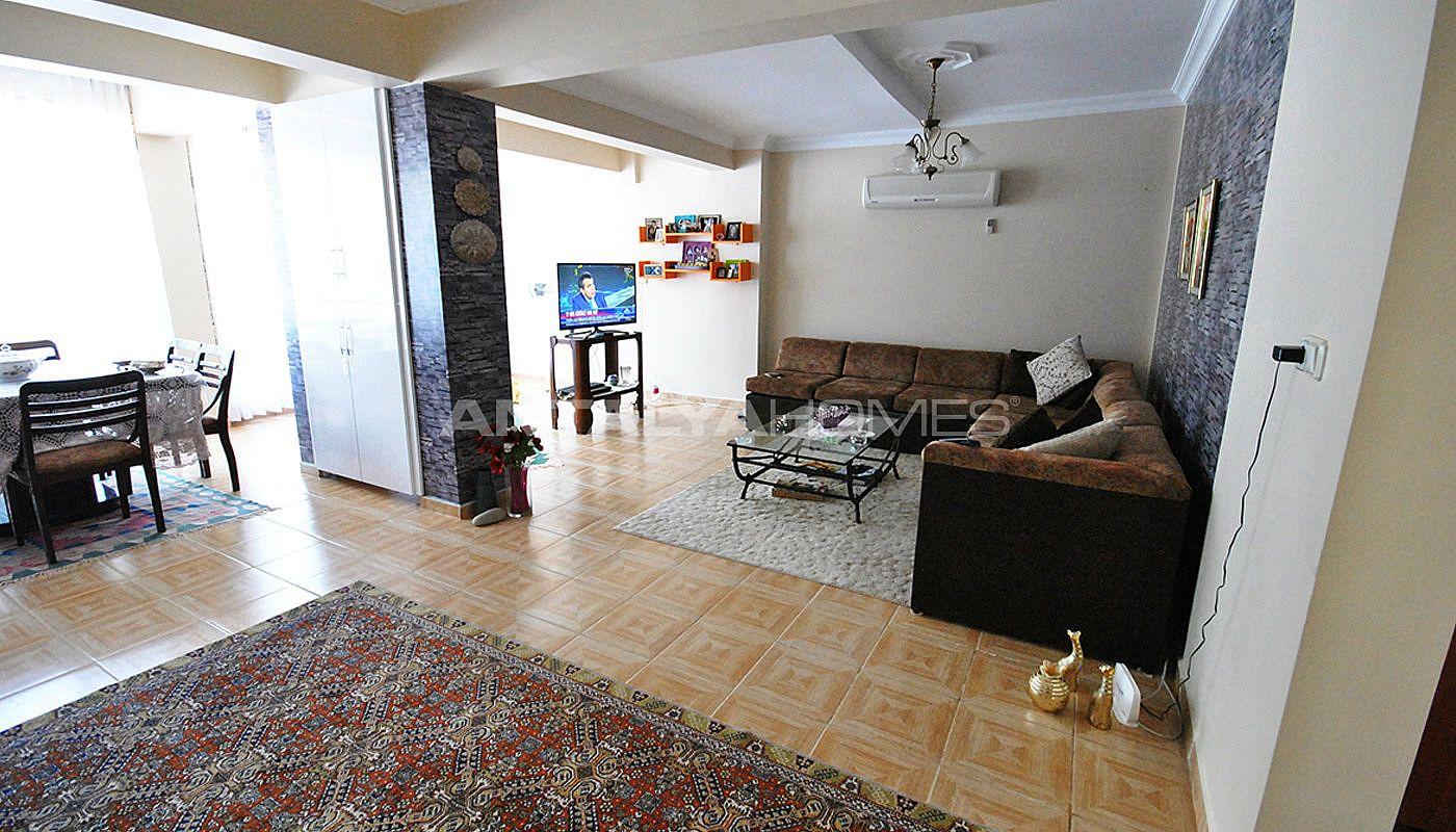 Appartement kemer avec une bel architecture interieure for Interieur 050