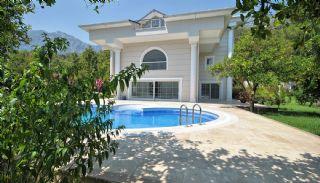 Nature-Friendly Kemer Villa with Private Swimming Pool, Kemer / Arslanbucak