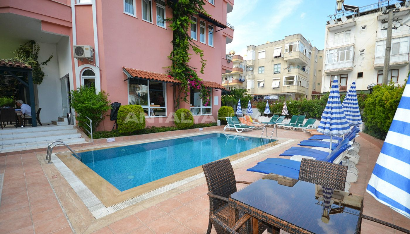 Apart hotel with rental income for sale in center of for Aparte hotel