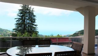 Detached Villa in Trabzon with Swimming Pool, Interior Photos-9