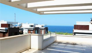 Seafront Villa in Trabzon with Private Car Parking, Interior Photos-12