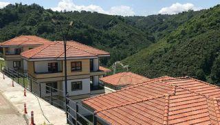 Trabzon Araklı'da Sahile 500 mt Deniz Manzaralı Villalar, Trabzon / Araklı